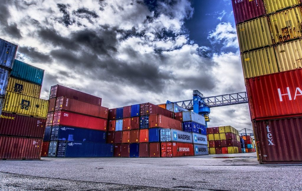 Are FDI enterprises allowed to trade in goods transshipment in Vietnam, trade in goods transshipment in Vietnam